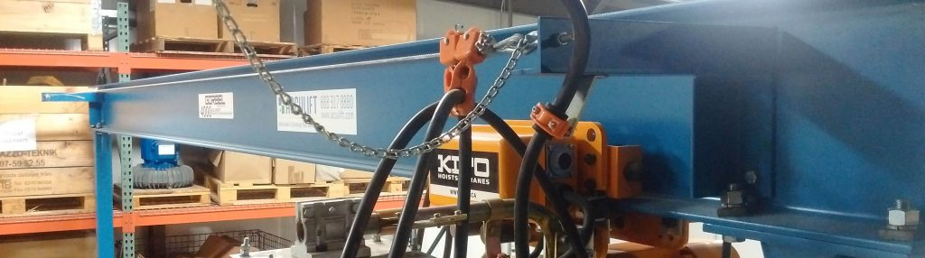 gantry crane header image with kito chain hoist
