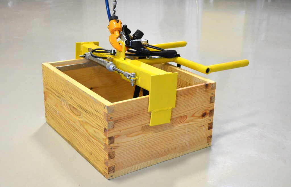 pnuematic box lifter custom crane