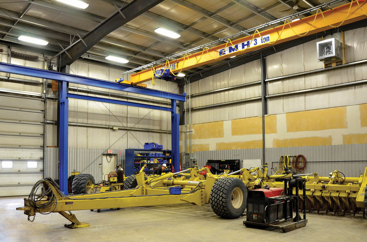 EMH 3 ton overhead bridge crane farm implements saskatchewan installl crane dealer lift crnae